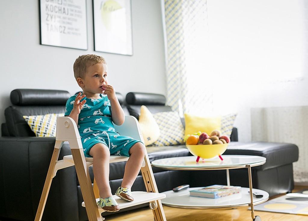 wyższe krzesło dla dziecka