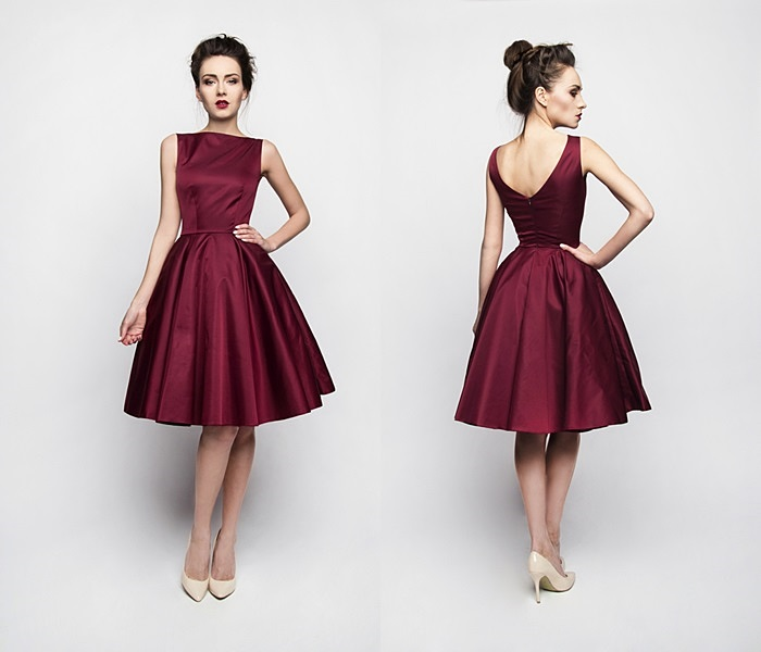 alegancka suknia bordowa