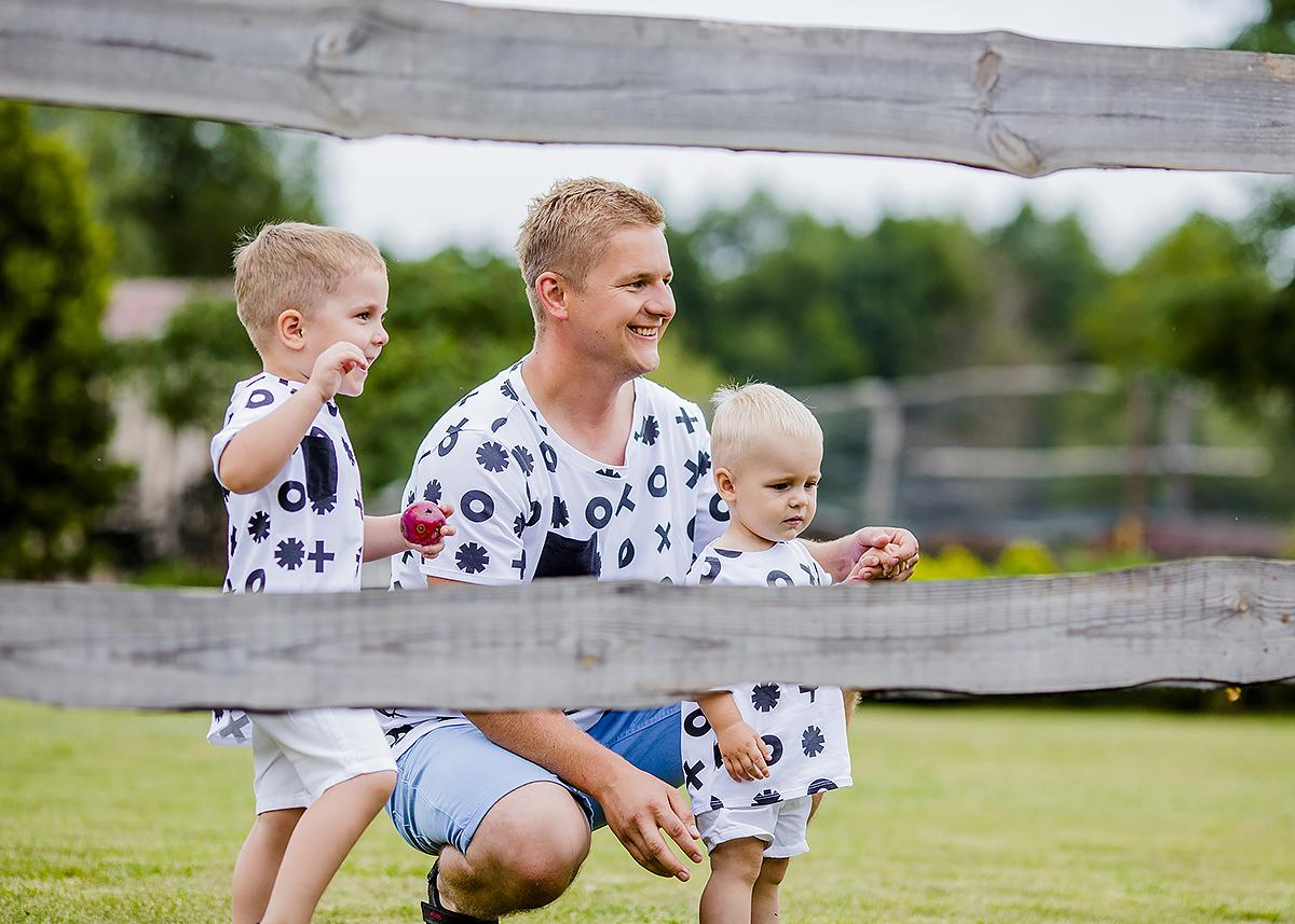 zdjęcia taty z synami