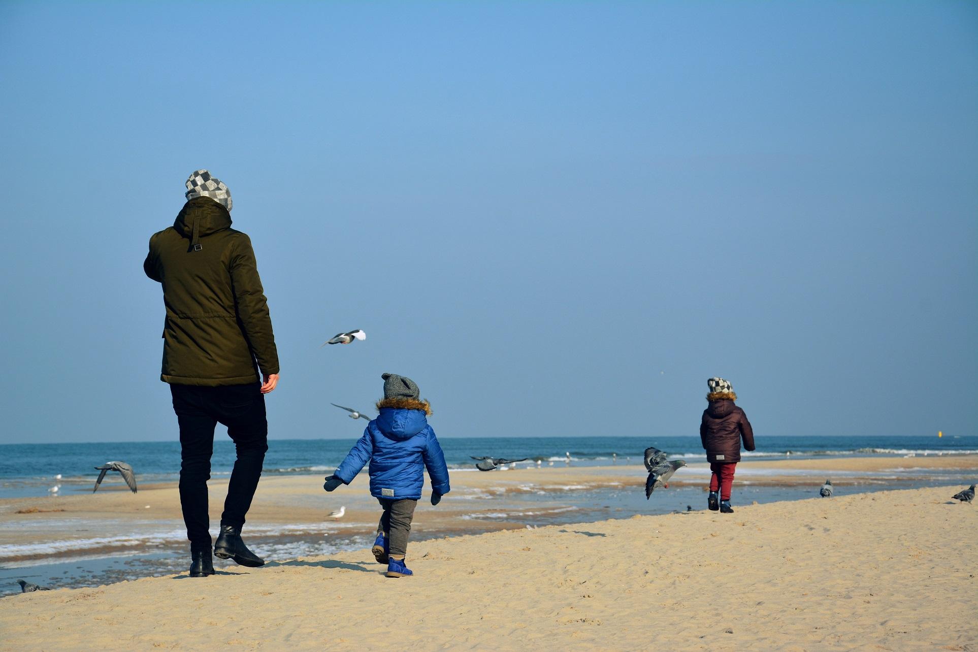 zima nad morze dzieci