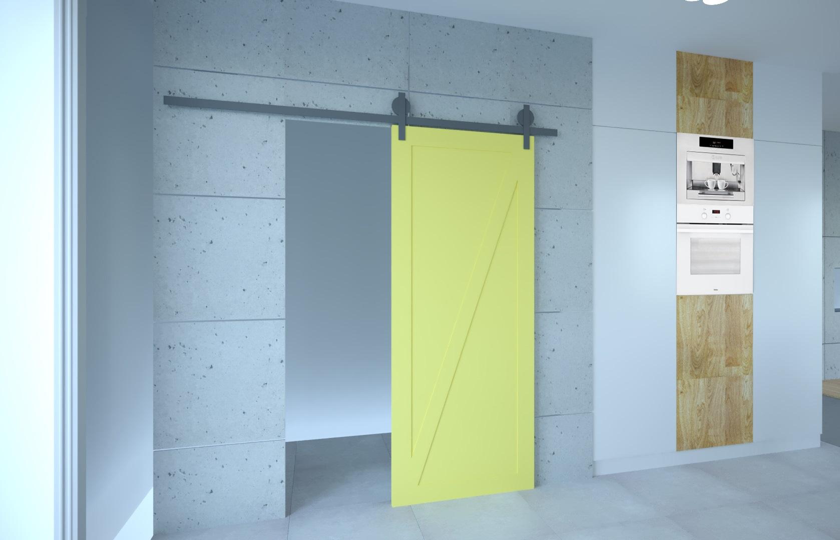 żółte drzwi wejście do spiżarki