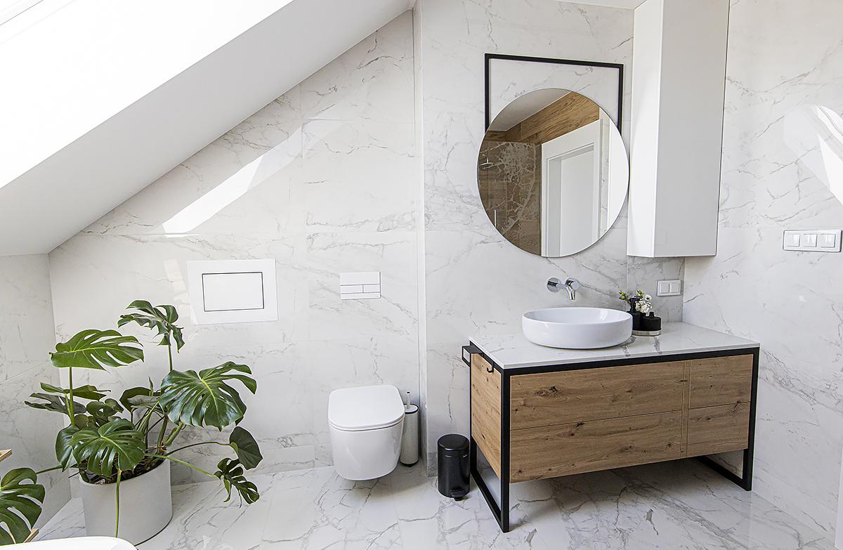 meble z metalu w łazience